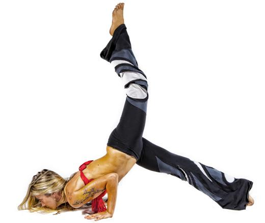 buti workout pose floor leg mizzfit